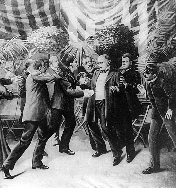 American anarchist Leon Czolgosz shoots U.S. President William McKinley at the Pan-American Exposition in Buffalo, New York. McKinley dies 8 days later.