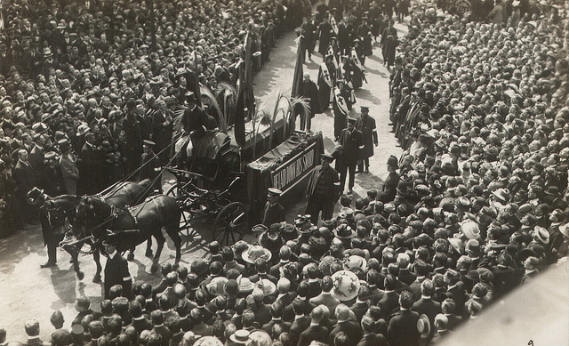 The funeral of Queen Victoria is held at St George's Chapel, Windsor Castle