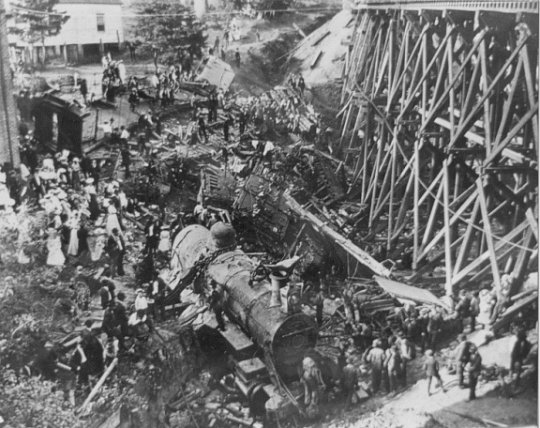 The Wreck of the Old 97 Fast Mail train at Stillhouse Trestle, near Danville, Virginia, kills 11 people and inspires a ballad.