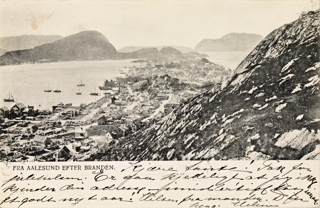 January 23 – The Ålesund Fire destroys most buildings in the town of Ålesund, Norway, leaving about 10,000 people without shelter
