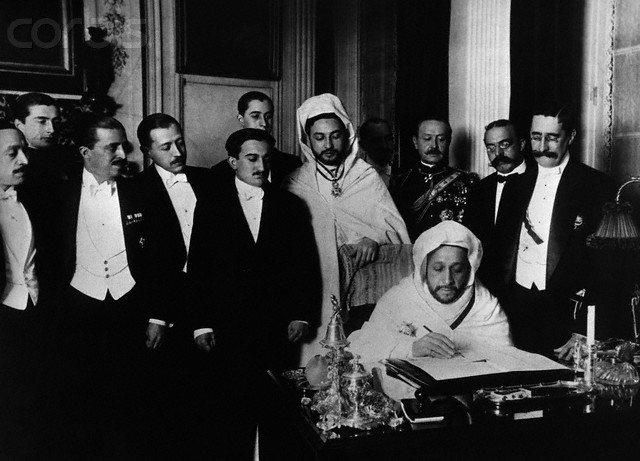 El-Hadj el-Mokri Signing Treaty at Algeciras Conference
