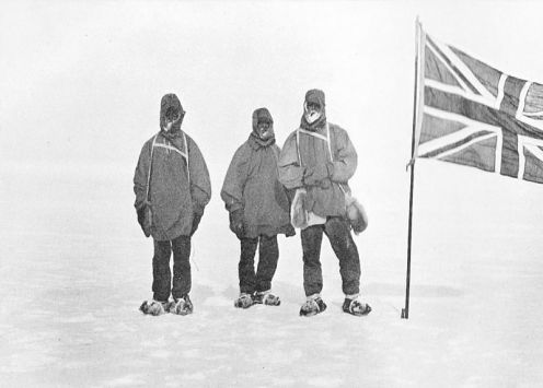 January 9 – The British Nimrod Expedition to the South Pole, led by Ernest Shackleton, arrives at the farthest south reached by any prior expedition, at 88°23' S, prior to turning bac