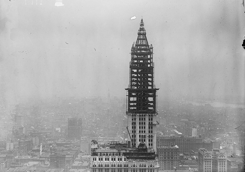 July 1 - The Woolworth Building in New York City becomes the world's tallest skyscraper, at 792 feet.