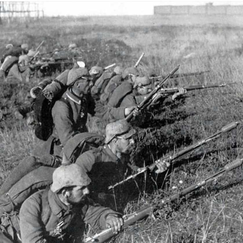September 5 - The First Battle of the Marne begins when French 6th Army attacks German forces near to Paris. Over 2 million fight, and a quarter are killed or wounded