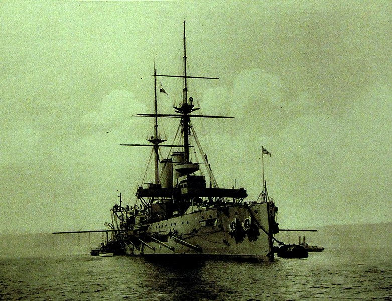 January 1 - The Royal Navy battleship HMS Formidable is sunk off Lyme Regis, by an Imperial German Navy U-boat, with the loss of 547 crew.