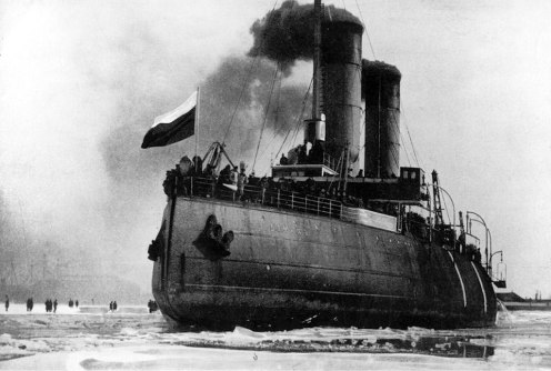 February 19-25 – The Imperial Russian Navy evacuates Tallinn through thick ice, over the Gulf of Finland
