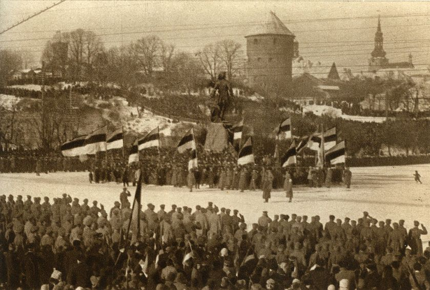 February 24 – Estonia declares its independence from Russia, after seven centuries of foreign rule. German forces capture Tallinn the following day