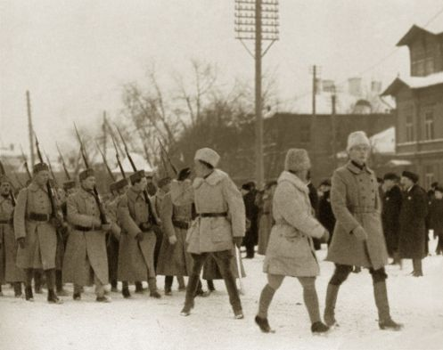 November 28 – The Red Army invades Estonia, starting the Estonian War of Independence