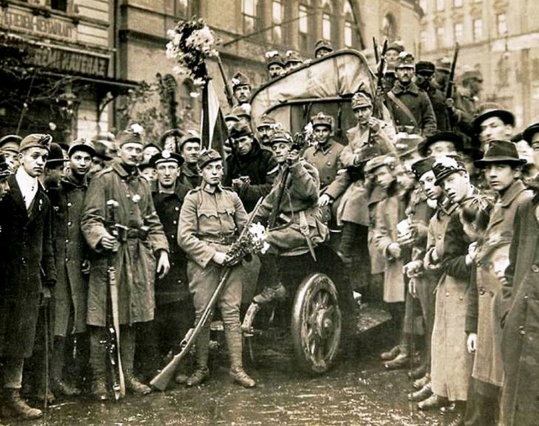 October 31 – The Hungarian government terminates the personal union with Austria, officially dissolving the Austro-Hungarian Empire