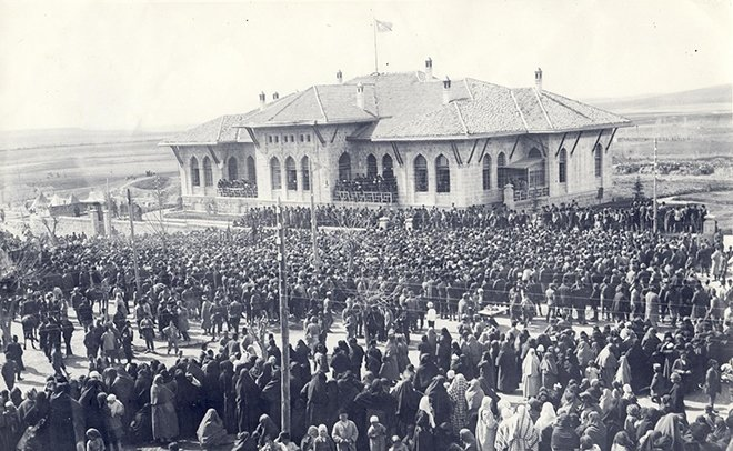 April 23 – The Grand National Assembly of Turkey is founded by Mustafa Kemal Atatürk, in Ankara. It denounces the government of Sultan Mehmed VI, and announces a temporary constitution