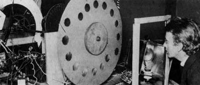 October 2 – In London, John Logie Baird successfully transmits the first television pictures with a greyscale image.