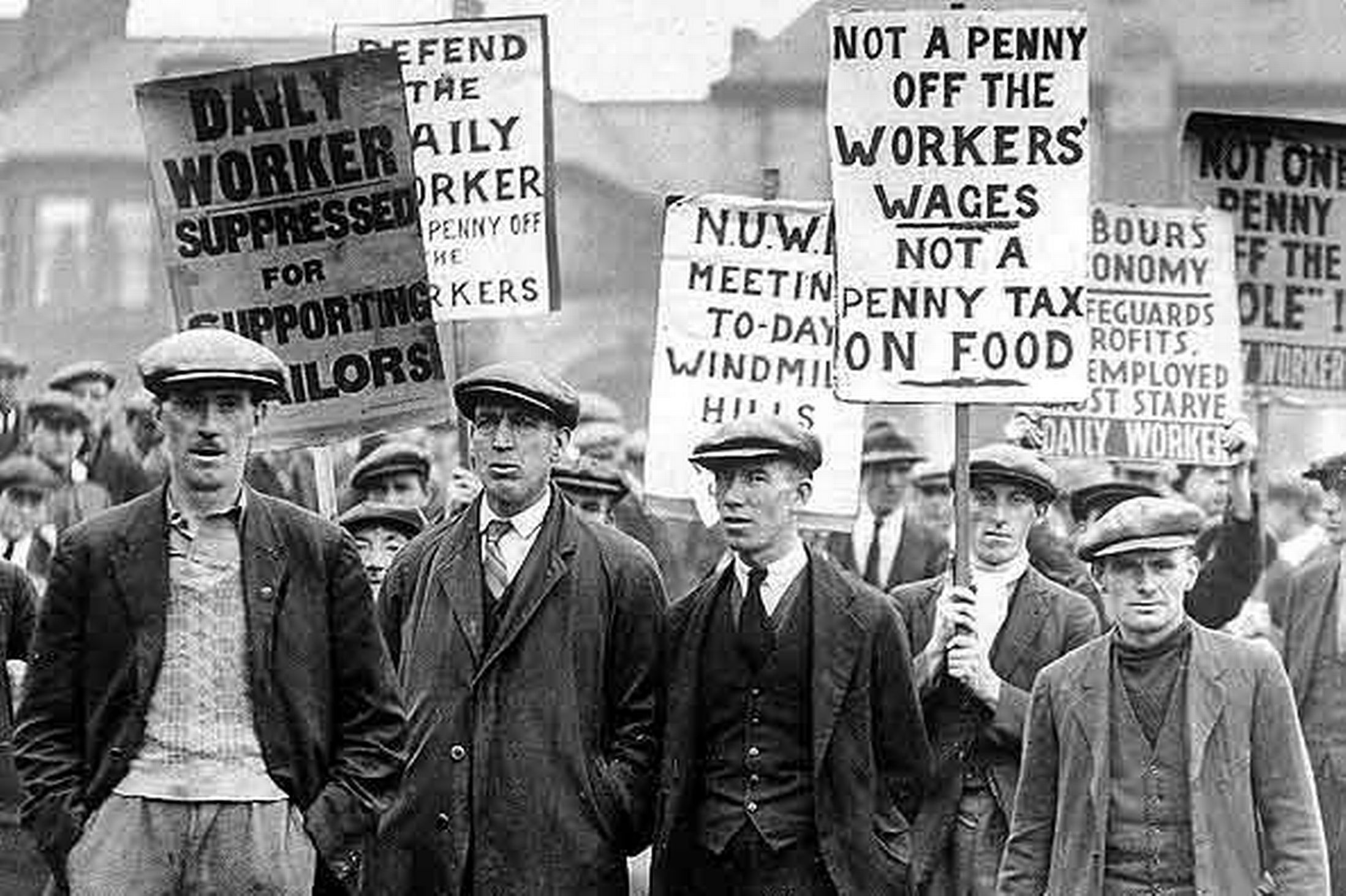 May 4 – The United Kingdom general strike begins at midnight, in support of the coal strike.